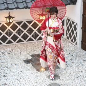 振袖物語館松戸店の成人お持ち込み着物の撮影です。
