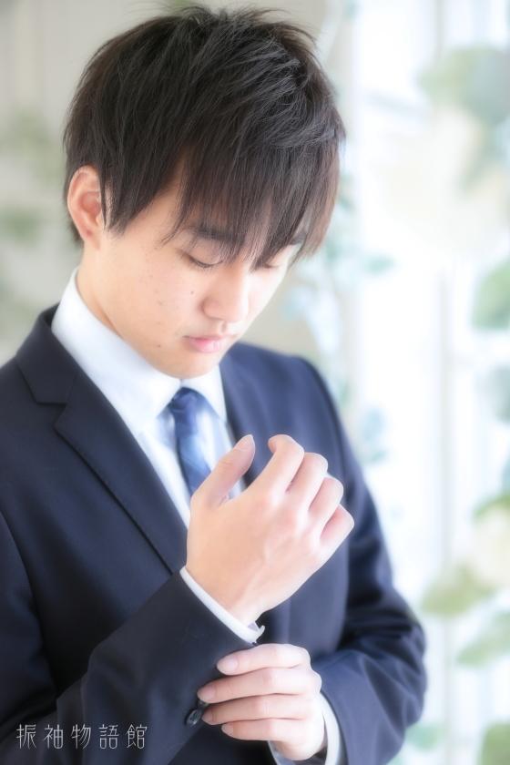 東京近郊にある振袖物語館新東京店で成人男性フォトプランの撮影をされたご成人様